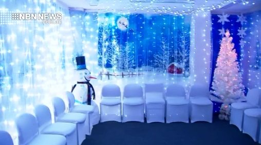Christmas Business Decorations.Nbn News Wallsend Business Takes Christmas Decorations To